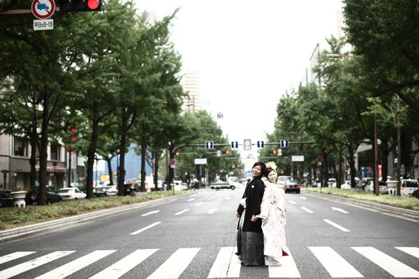 御堂筋で和装結婚写真