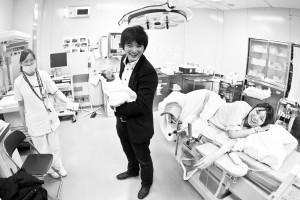 出産後、分娩室で