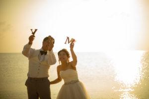 フォトウェディング,結婚写真,ドレス,大阪,ロケ,海,夕日